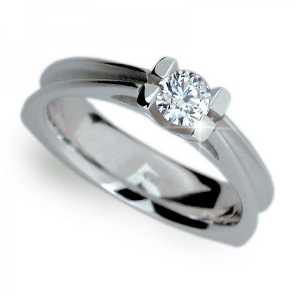 Zásnubní prsten s diamantem ZP1992