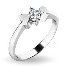 Zásnubní prsten se srdíčky a diamantem ZP-10932D